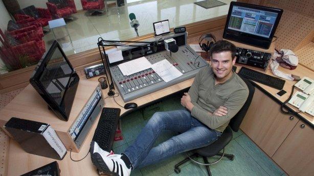 Raúl en los estudios de Radio Gorbea
